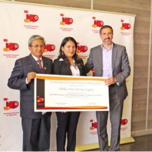Egresada Santeña Ganó El Primer Puesto En Concurso Nacional De Investigación Acuícola En Perú
