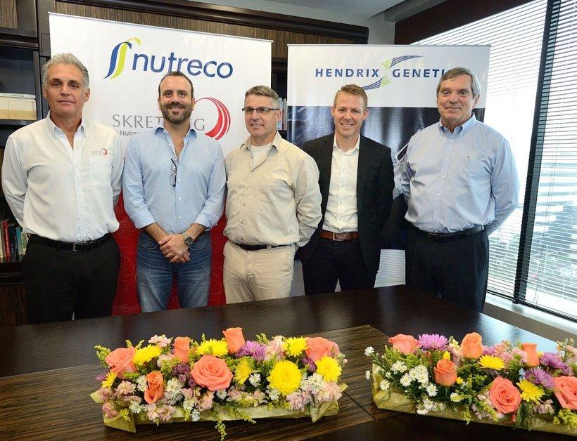 Hendrix Genetics Y Nutreco Se Asocian Para Ofrecer Soluciones Sustentables De Camarón En Ecuador